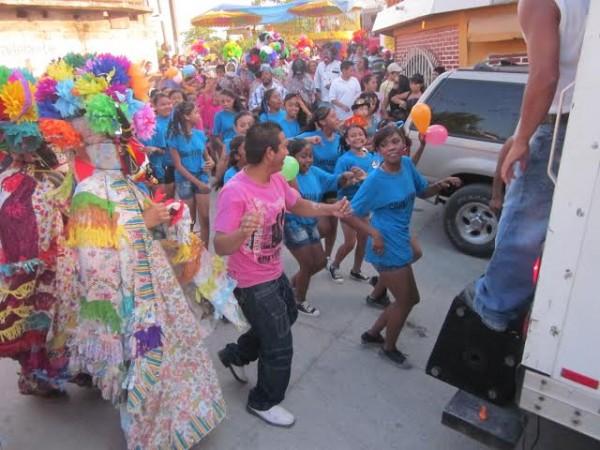 Conozca el Coyolillo en el municipio de Actopan y diviértase en el carnaval