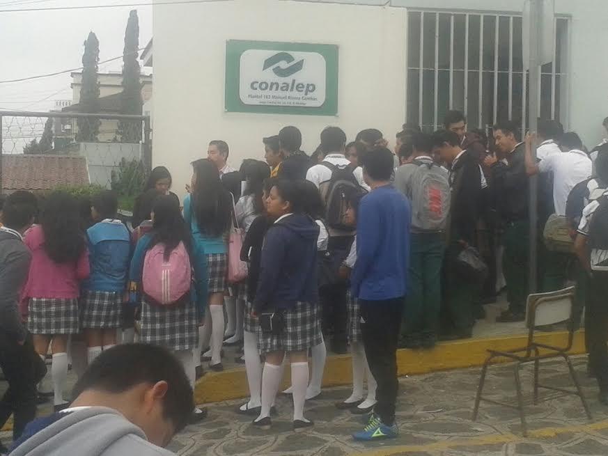 Estudiantes del Conalep Xalapa toman el plantel en ...