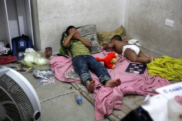 Niño de 12 años era encadenado en Veracruz y tenía que cuidar a sus hermanos Foto: Félix Márquez Cuartoscuro