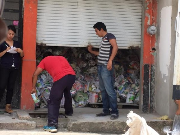 Miles de bolsas con despensas que usará la candidata Elizabeth Morales por el PRI-PVEM fueron localizadas en centro de Xalapa
