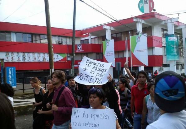 Catedráticos y estudiantes de UV demandaron cese la criminalización de protesta y ataques a líderes sociales y juveniles