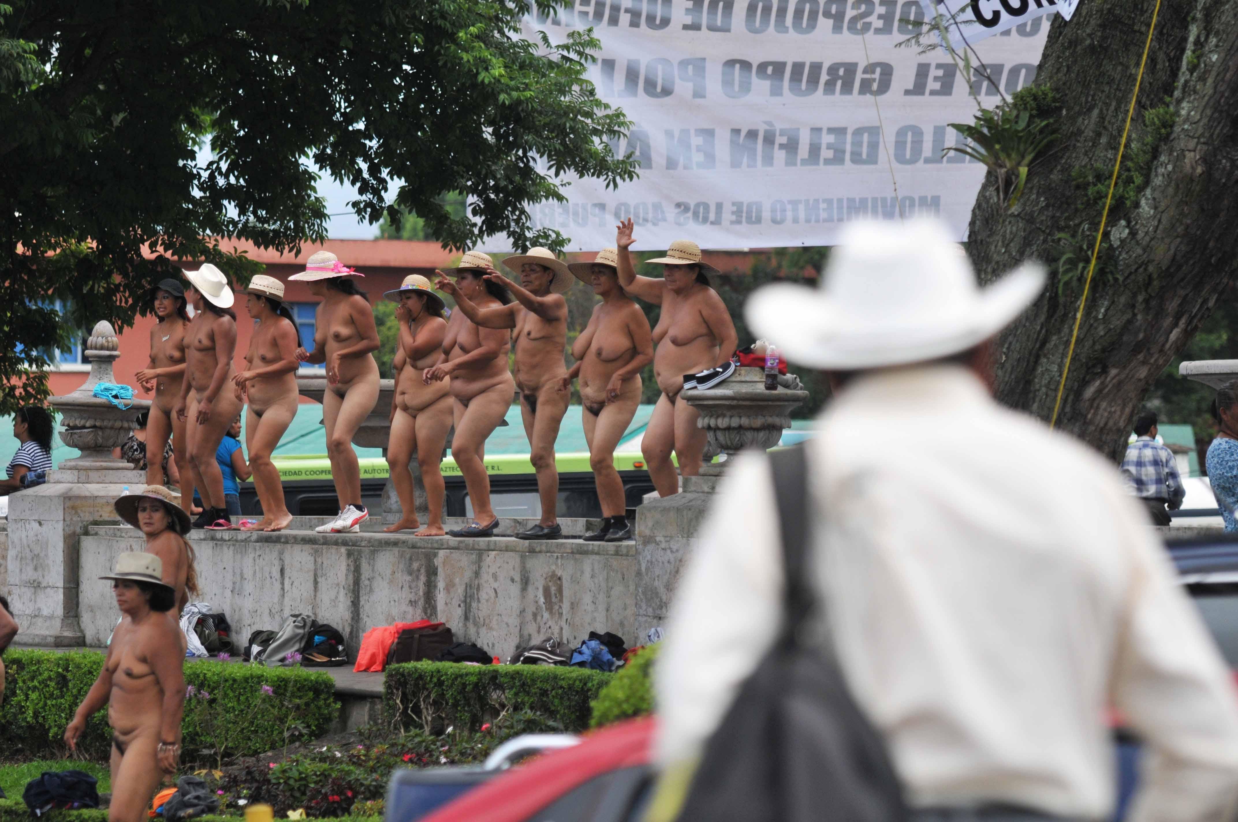 Protestas en la calle contra la industria porno - 3 8