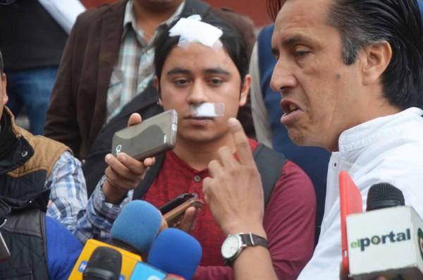 El diputado federal Cuitláhuac García Jiménez, esta mañana en la plaza Lerdo/Fotover