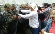 Fuerza civil también agredió a diputado federal por Xalapa/ Plumas Libres