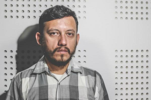 Rubén Espinosa fotógrafo amenazado de muerte en Veracruz y asesinado en el D.F, crimen sin justicia.