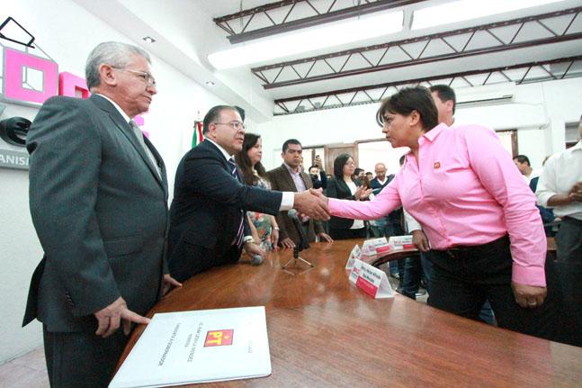 Alba Leonila Méndez Herrera /Plumas Libres