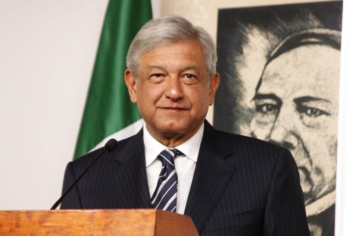 Andrés Manuel López Obrador lider de MORENA