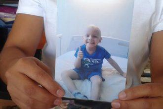 Jordan Vadhir  de solo 5 años tiene Leucemia Meloide Aguda/ Plumas Libres