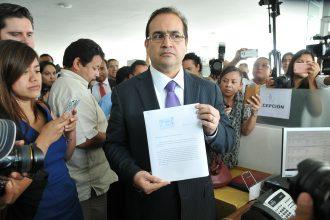 Javier Duarte de Ochoa usó a 69 prestanombres para desviar miles de recursos públicos/ Fotover