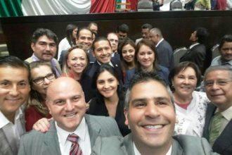La mayoría de estos diputados federales fueron cómplices de Javier Duarte en sus operaciones fraudulentas, van a San Lázaro y sólo cobran por levantar el dedo