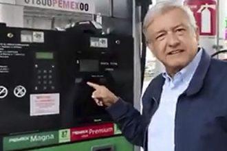 AMLO dice que EPN otorgó permiso a 3 empresas para importar la gasolina que se venda en el país, lo que representa el negocio para unos cuantos