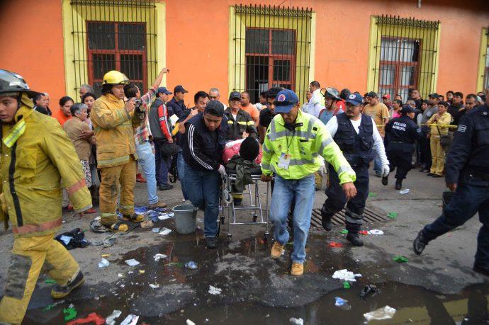 Un muerto y 10 heridos por explosión durante peregrinaciones — Veracruz