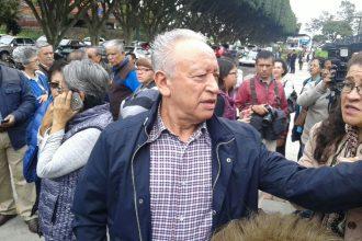 Los pensionados protestaron afuera de Palacio Legislativo esta mañana/Plumas Libres