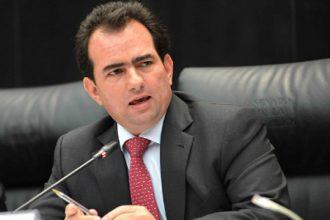 José Francisco Yunes Zorrilla paga a columnistas para que golpeen a políticos que no se alinean a sus ordenes