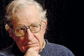Un 7 de Diciembre nace el linguísta Noam Chomsky