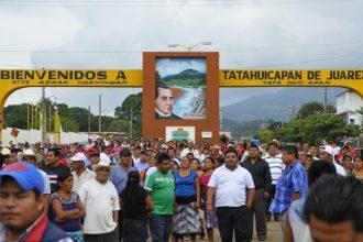 Finalmente algunos líderes en Tatahuicapan tomaron la presa Yuribia