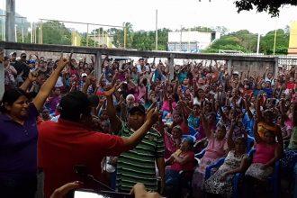 Pueblo de Tatahuicapan pide solución a sus demandas para dejar de tomar la presa Yuribia/ Plumas Libres