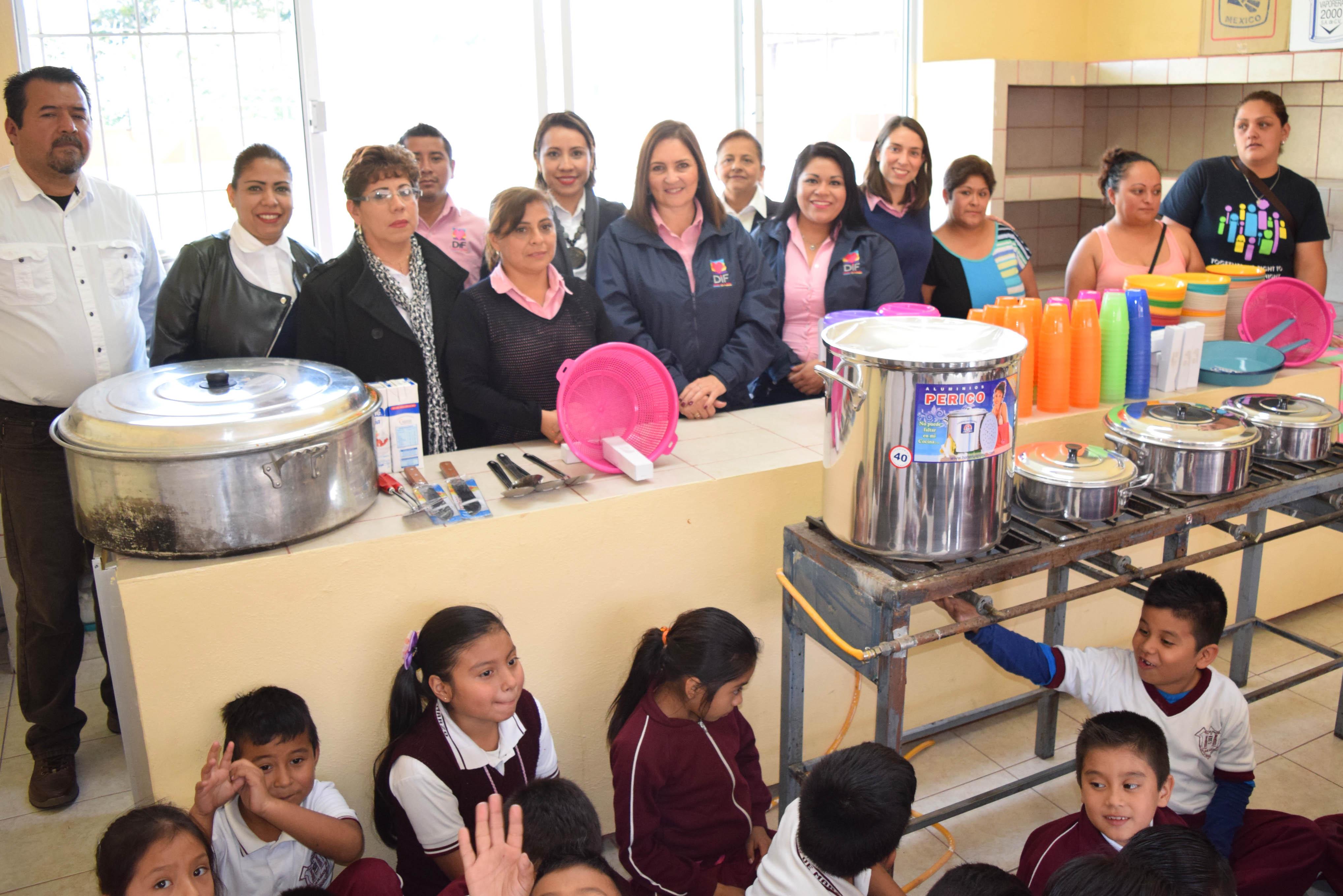 inaugura dif cocina escolar en primaria 18 de marzo