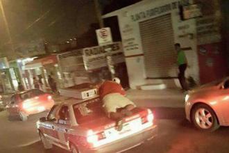 Hasta en taxis se llevaban los aparatos electrónicos, no pudo gobernador parar saqueo en las Brisas, se expuso inútilmente