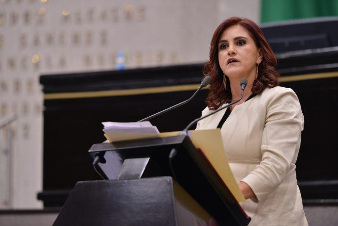 Diputada Dulce García