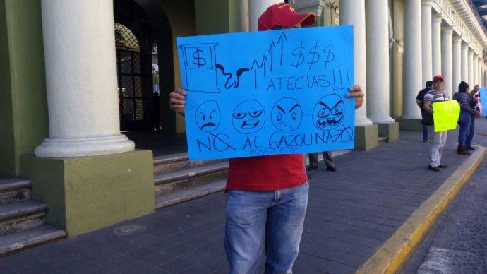 Protestas en el centro de Xalapa/Plumas Libres
