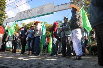 integrantes de la Unión Nacional de Trabajadores Agrícolas (UNTA) /Fotover