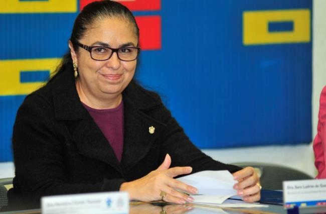 Sara Ladrón de Guevara, rectora de la UV