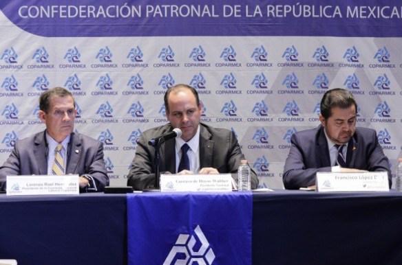 Gustavo de Hoyos líder de la Coparmex, le dijo NO A LA FIRMA del acuerdo económico al gobierno de EPN por contradictorio