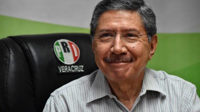 RIP a Amadeo Flores Espinosa en el PRI; finalmente, tras insistencia de líderes seccionales