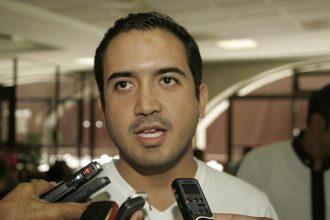 """""""Si voy por la alcaldia de Veracruz"""", aceptó Fernando Yunes Márquez en el aeropuerto de Veracruz"""