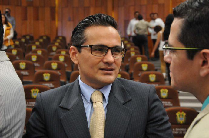 Jorge Winckler continúa manteniendo en sus cargos a todos los directivos, ministeriales y demás que representan a lo más corrupto del PRI, denuncian