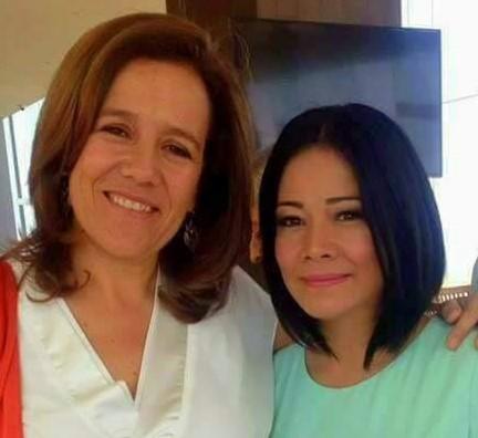 La semana pasada Lucy la ex esposa del pastor Claudio Martínez, desayunó con Margarita Zavala durante su visita a Coatzacoalcos,/ Foto tomada de su perfil facebook