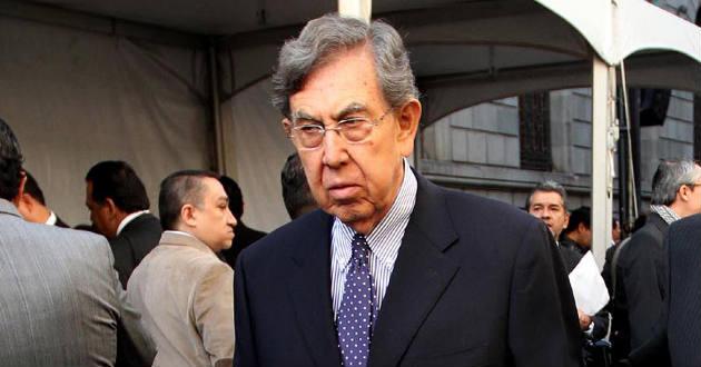 Cuauhtémoc Cárdenas hijo del ex presidente que nacionalizó la industria petrolera, lamenta que a partir del 1 de abril, EPN libere los precios de la gasolina en perjuicio de los mexicanos más pobres