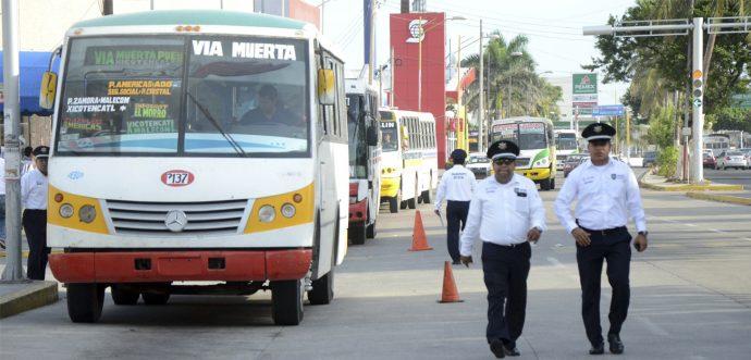El pulpo amenaza a diputados con parar transporte si hacen ley que los obligue a practicar descuentos