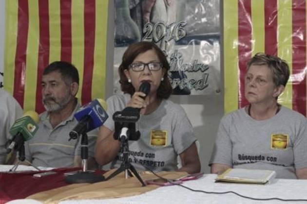 La crisis de desaparecidos en Veracruz ya rebasa cualquier límite y autoridades estatales y federales no apoyan, señalan los integrantes de Colectivo Solecito