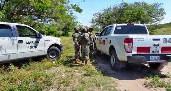 El narco rancho de Alvarado quedó por el momento vigilado por oficiales de la Semar
