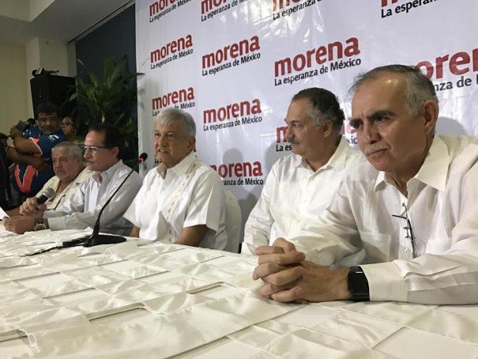 AMLO presentó oficialmente a Ricardo Exhome como el candidato a la alcaldia de Veracruz y reveló sus 50 ejes en caso de que llegue a la presidencia