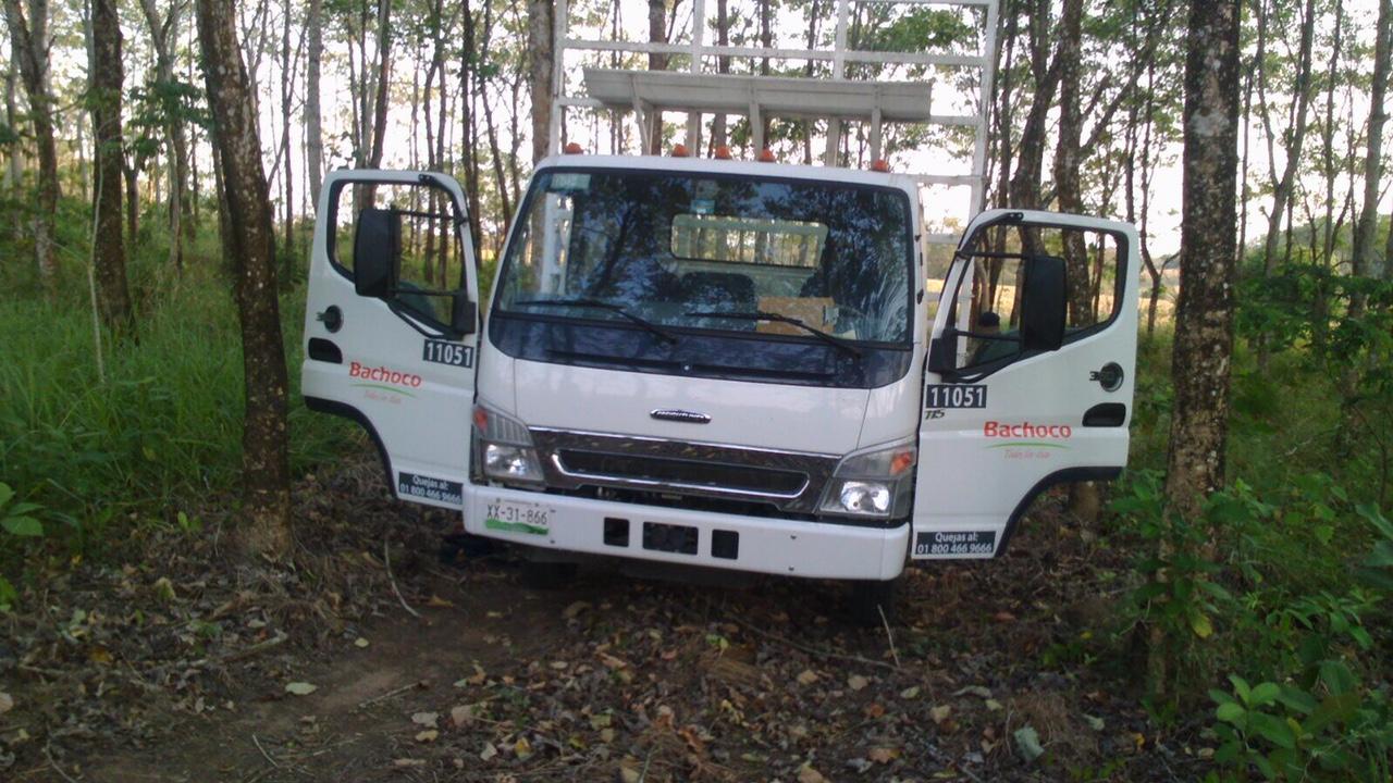 En el lugar fue encontrada una camioneta de la empresa Bachoco/Plumas Libres