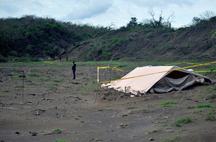 Durante los gobiernos de Fidel Herrera y Javier Duarte se asesinaron a miles de gentes, según los datos que reporta la CNDH, con casi 22 mil restos humanos localizados en fosas clandestinas