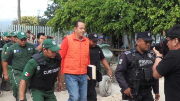 Arturo Bermudez Zurita ya preso en el penal de Pacho Viejo, también desvió muchos recursos destinados a mejorar el sistema de seguridad estatal, ahora, es millonario