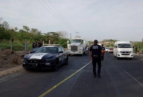 Enfrentamiento entre Policías Federales y presuntos asaltantes: Veracruz
