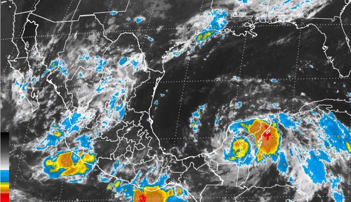 Veracruz en Alerta Roja por huracán Franklin