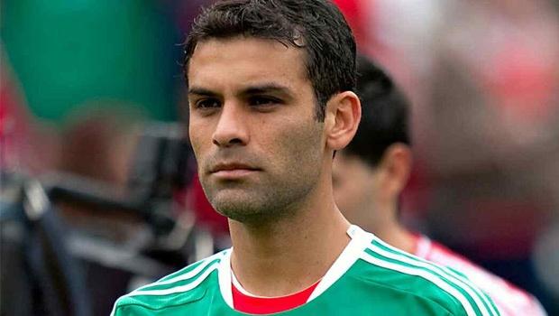 Alejandro Fernández muestra apoyo a Julión ya Rafa