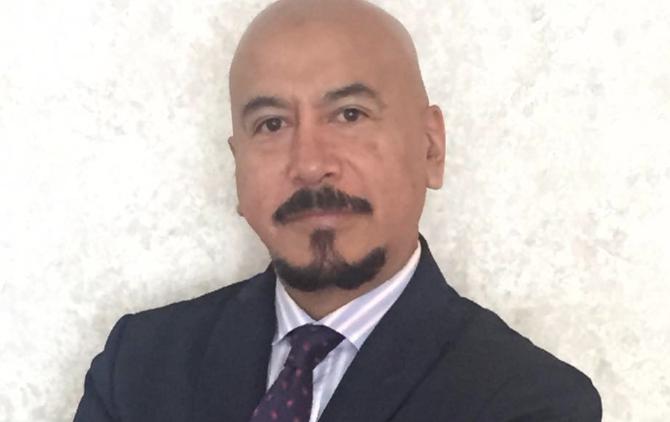 Médicos de Veracruz se manifiestan por muerte de colega