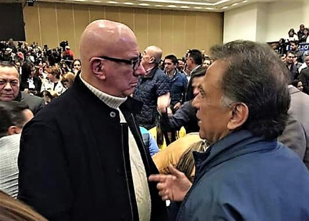 Yunes firma convenio para restituir policías municipales