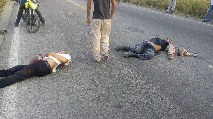 Camión choca contra una camioneta en Veracruz; hay 6 muertos