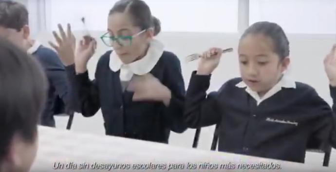 Alfonso Cuarón se burla del spot 'Un día sin el PRI'