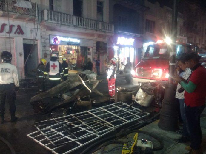 Arde Muebleria En Edificio Vetusto De Veracruz Plumas Libres