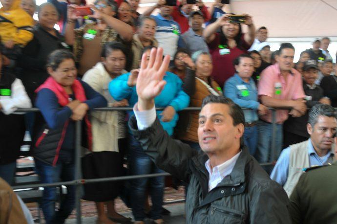 Piden a Peña ejercer su facultad constitucional para no promulgar la #LeyChayote