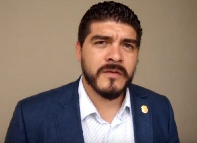 Impondrán PAN y PRD a los 12 magistrados hoy por órdenes de Yunes denuncia diputado García                                    Zenyazen-Roberto-Escobar-Garc%C3%ADa-690x502